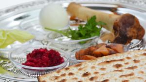 University Ministry invites community to Seder meal, April 16 @ Greenfelder-Denlinger Boardrooms in the Student Community Center (SCC)
